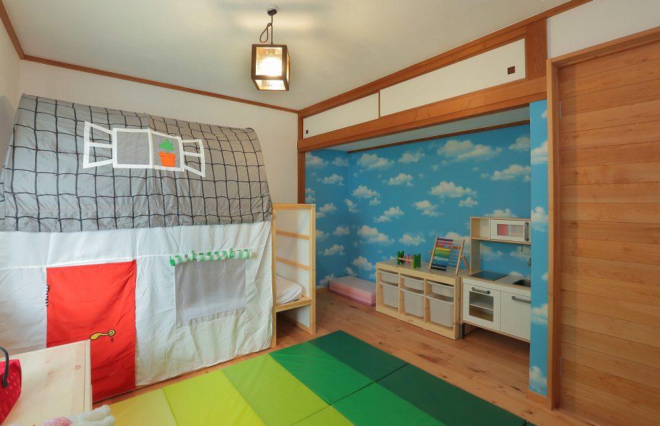 和室をお嬢さまの子供部屋に。