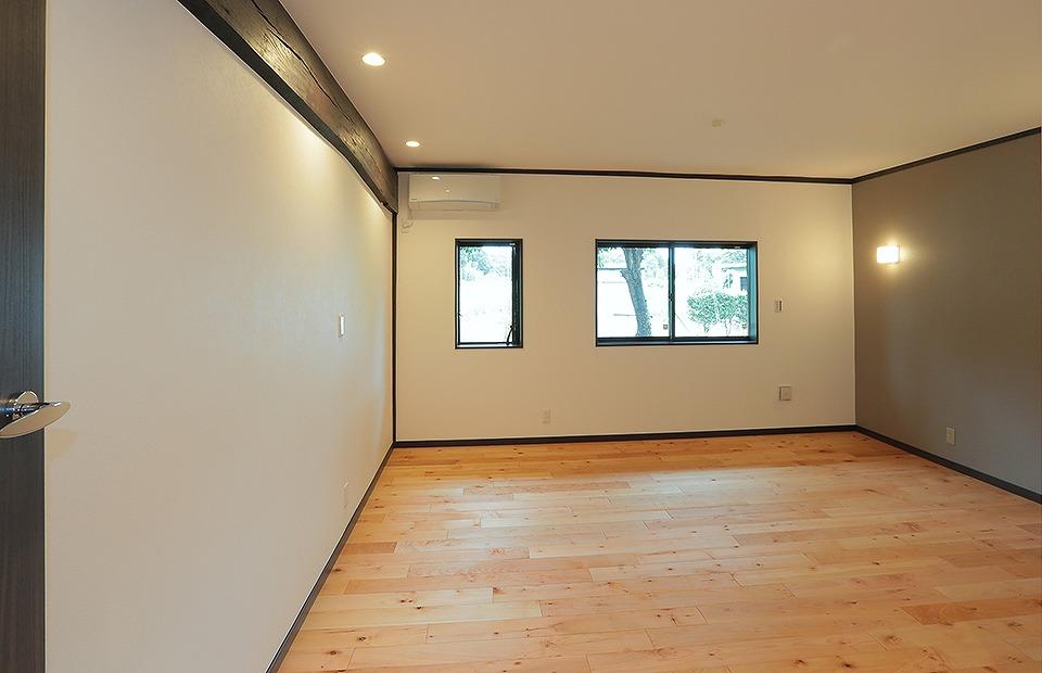 北西の土間つづきの台所だった空間は風水を考慮し主寝室へ