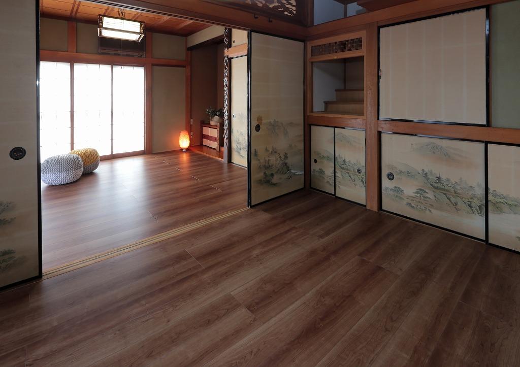 二間続きの和室はフローリングに貼替え、洋室としての使い方ができるようになりました。
